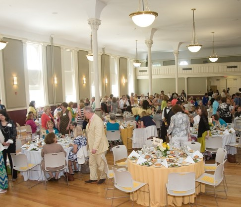 College of Mount Saint Vincent Welcomes Alumnae/i for 2014 Reunion Weekend