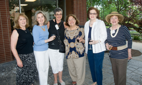 College of Mount Saint Vincent Welcomes Over 370 Alumnae/i at 2014 Reunion