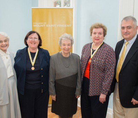 Mount Alumnae Recognized as Ad Laudem Dei Recipients