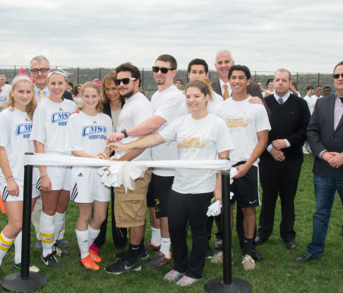 College of Mount Saint Vincent Dedicates New Athletic Field at Homecoming