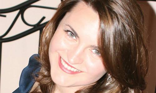 Kathryn Vecomnskie
