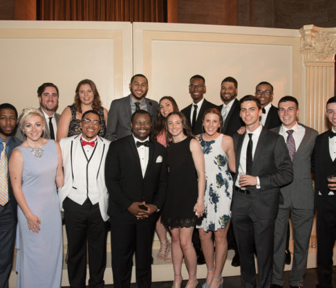 Mount Saint Vincent Raises Nearly $500,000 at Annual Scholarship Tribute Dinner